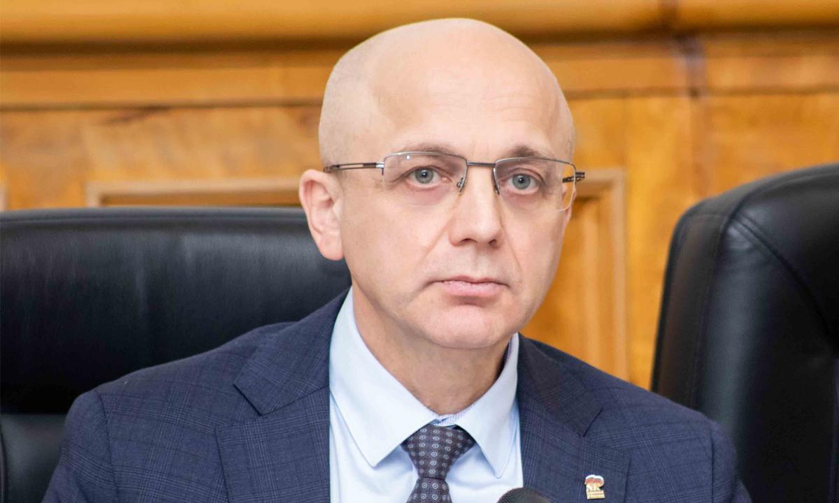 Элиссан Шандалович