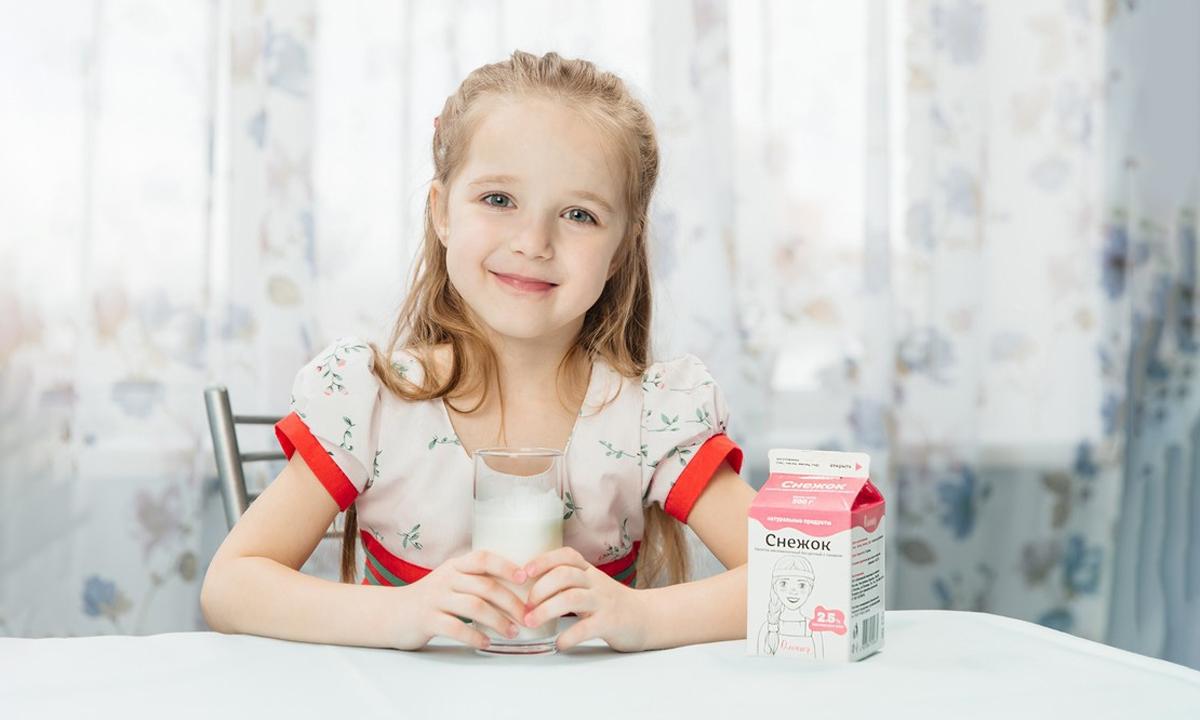 Олония, магазин, молоко