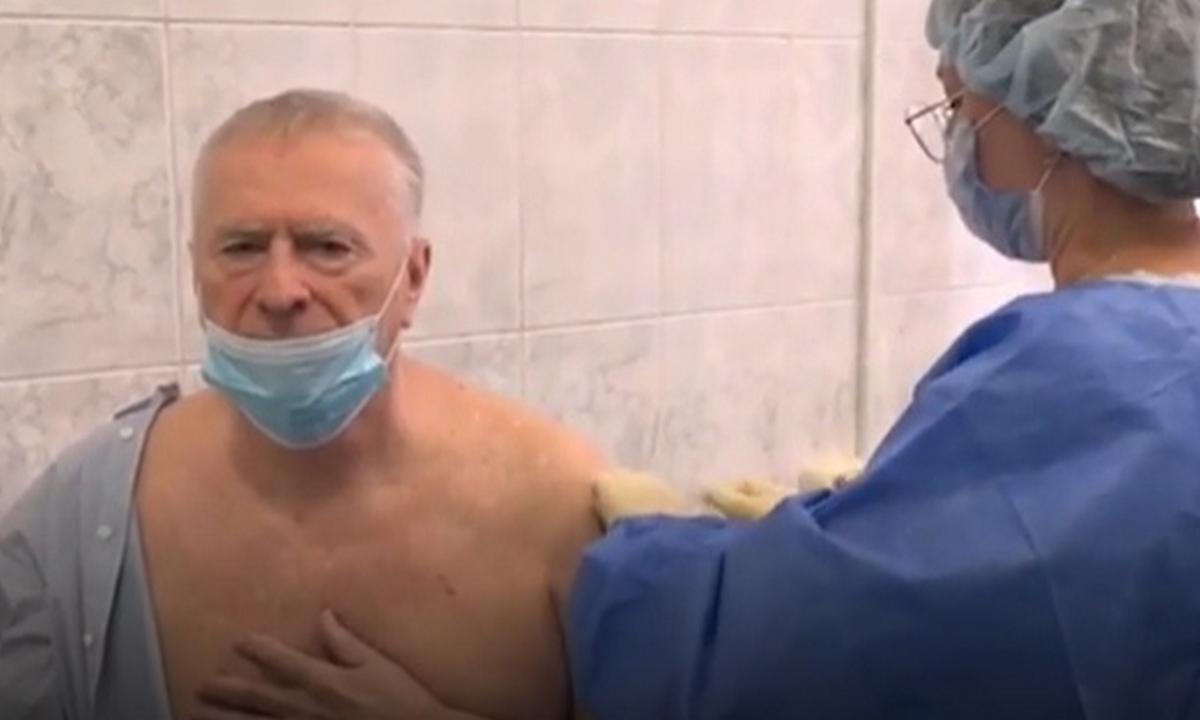 Жириновский прививка