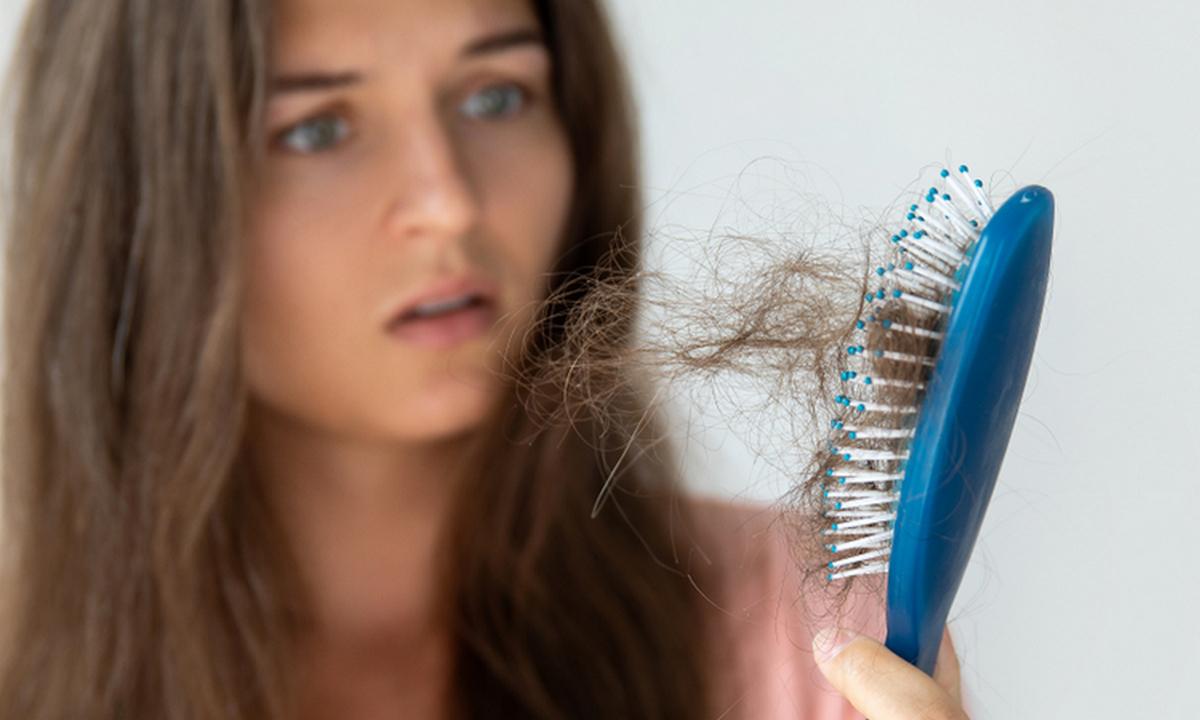 волосы, выпадают, расческа