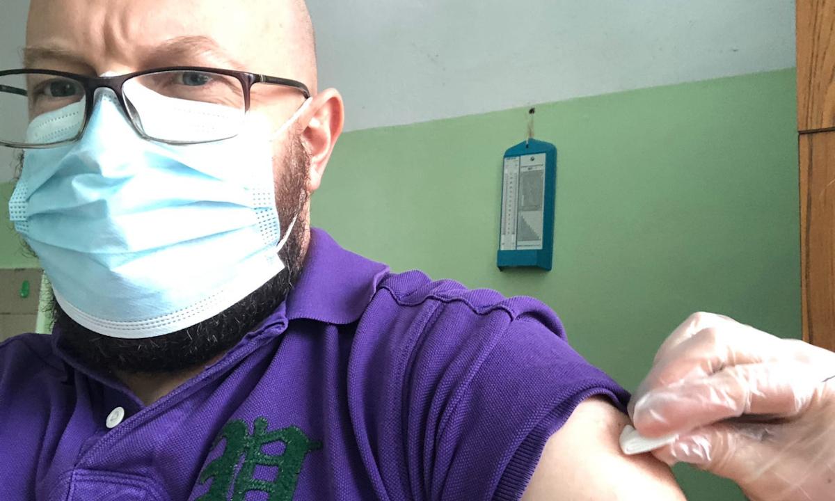 Петров сделал прививку от ковида