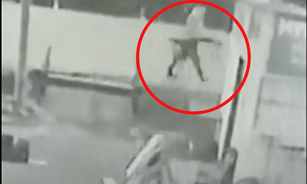 В карельском городе неизвестный похитил скамейку