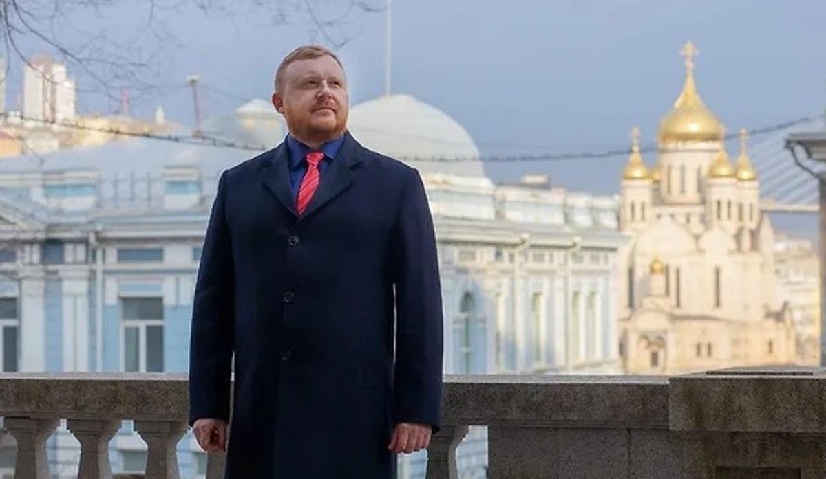 депутат Андрей Ищенко