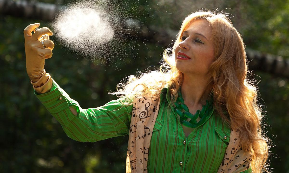петрозаводчанка украла парфюм для возлюбленного