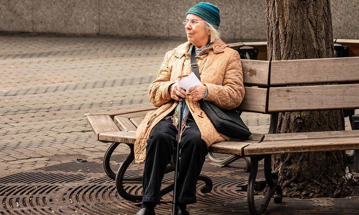 В России хотят ввести пособие для пенсионеров на маски