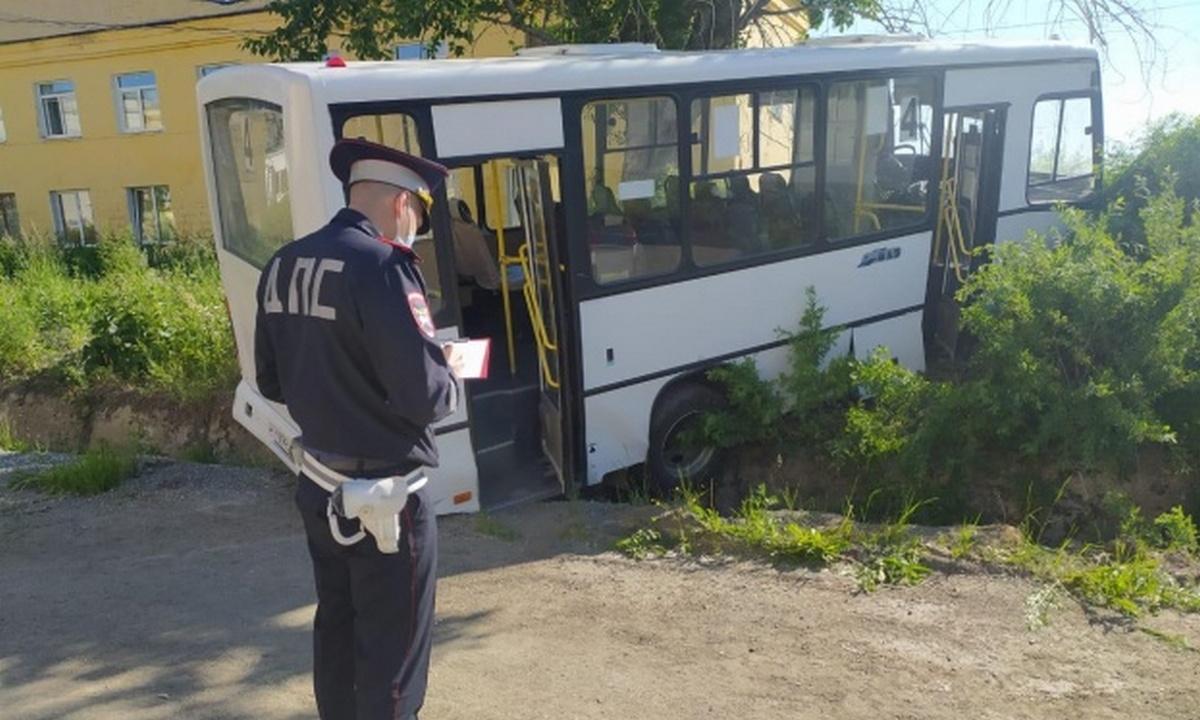 НаУрале возбудили дело после ДТП савтобусом, убившем шесть человек