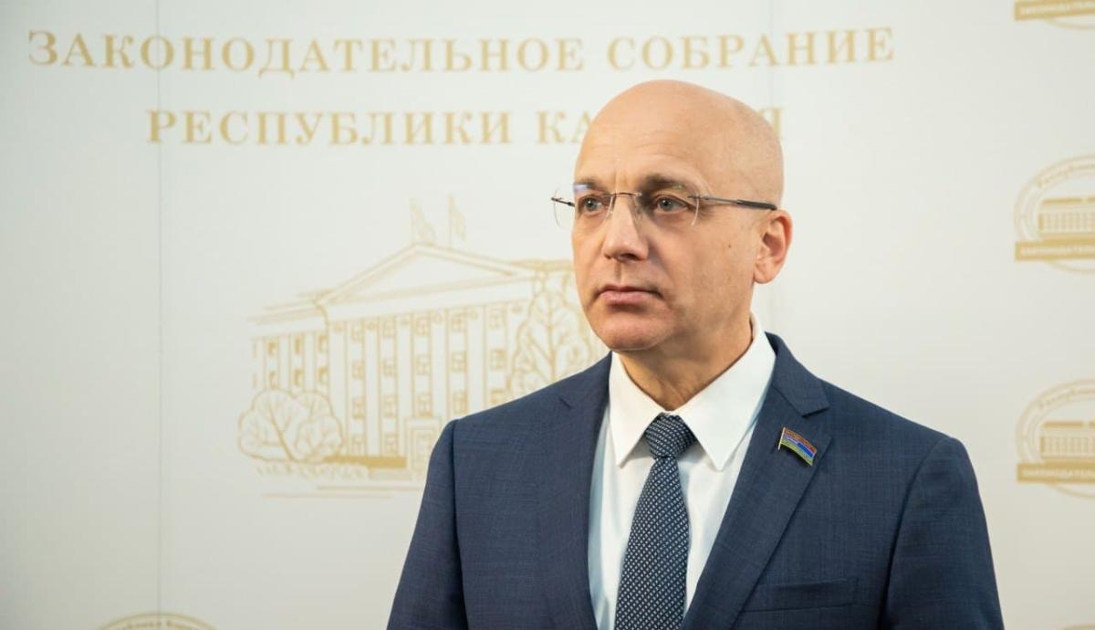 Элиссан Шандалович председатель Заксобрания Карелии