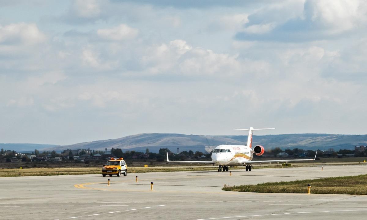 самолет Минводы