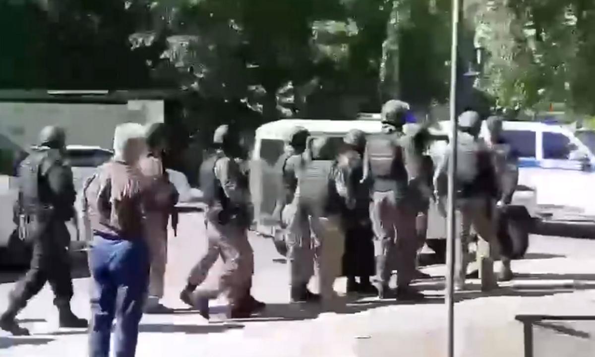 захват заложников