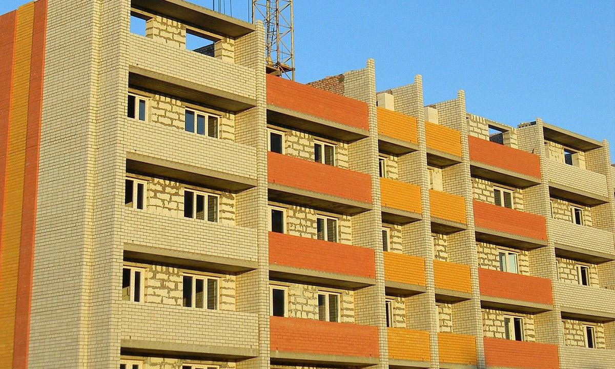 В карельском городе выставили многоквартирный дом на продажу за долги