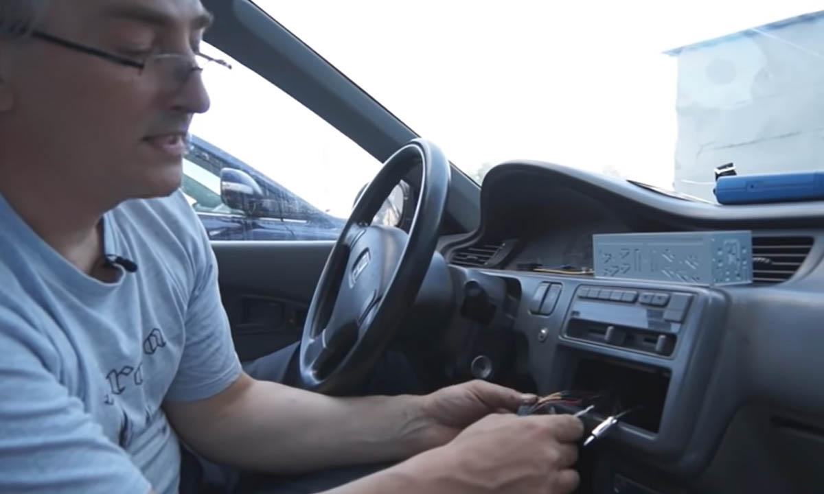 В России хотят ввести штраф за динамики в машинах