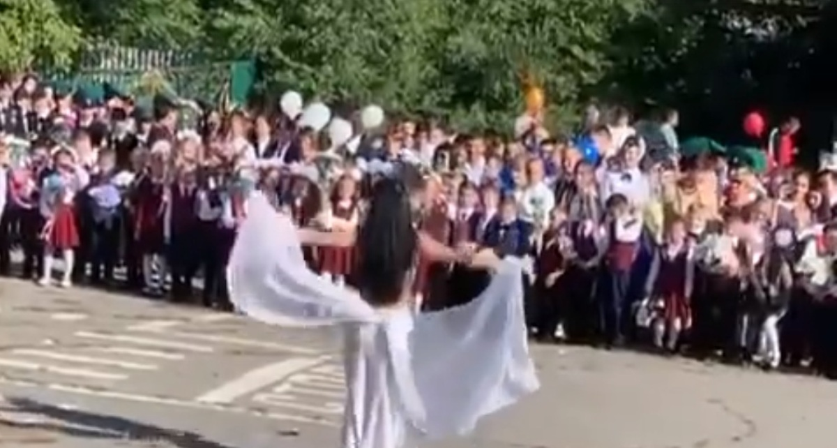 танцы на линейке
