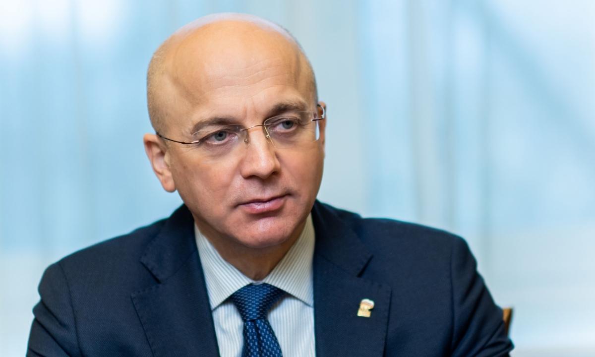 Элиссан Шадалович председатель Законодательного собрания Карелии