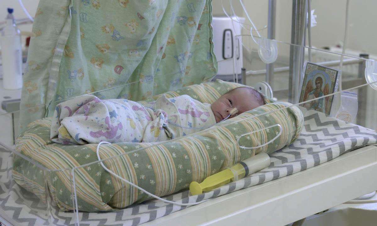 В Карелии заболел ковидом 5-дневный новорожденный